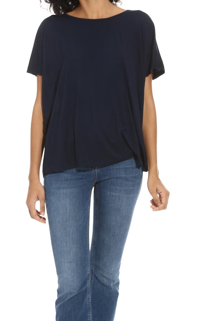 T-shirt svasata in viscosa Intrend