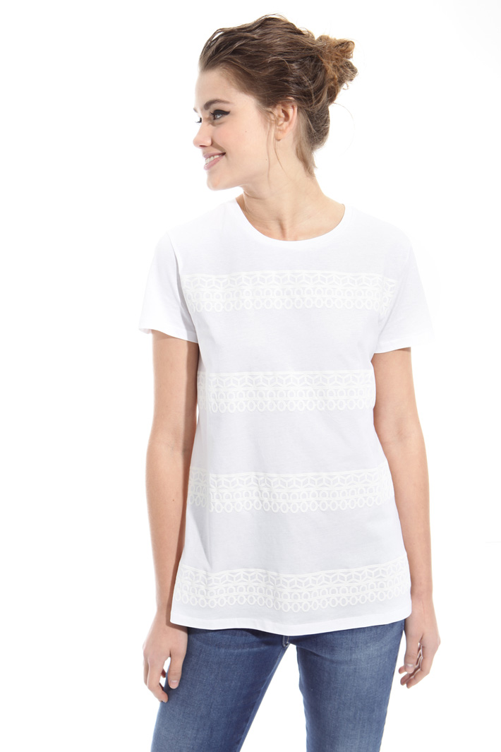 T-shirt con stampa in tono Intrend