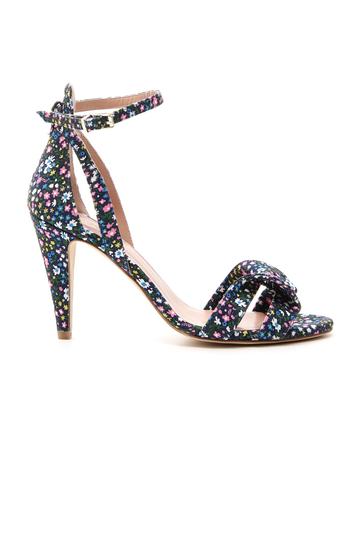 Fabric sandals Intrend