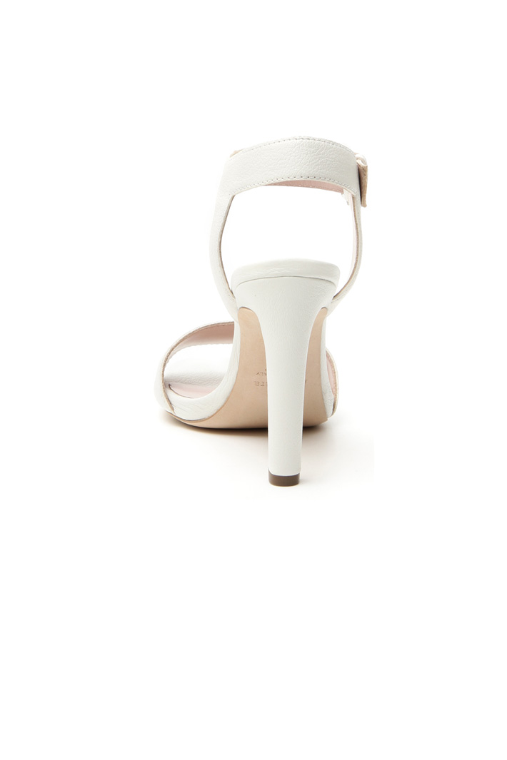 Tumbled leather sandals Diffusione Tessile