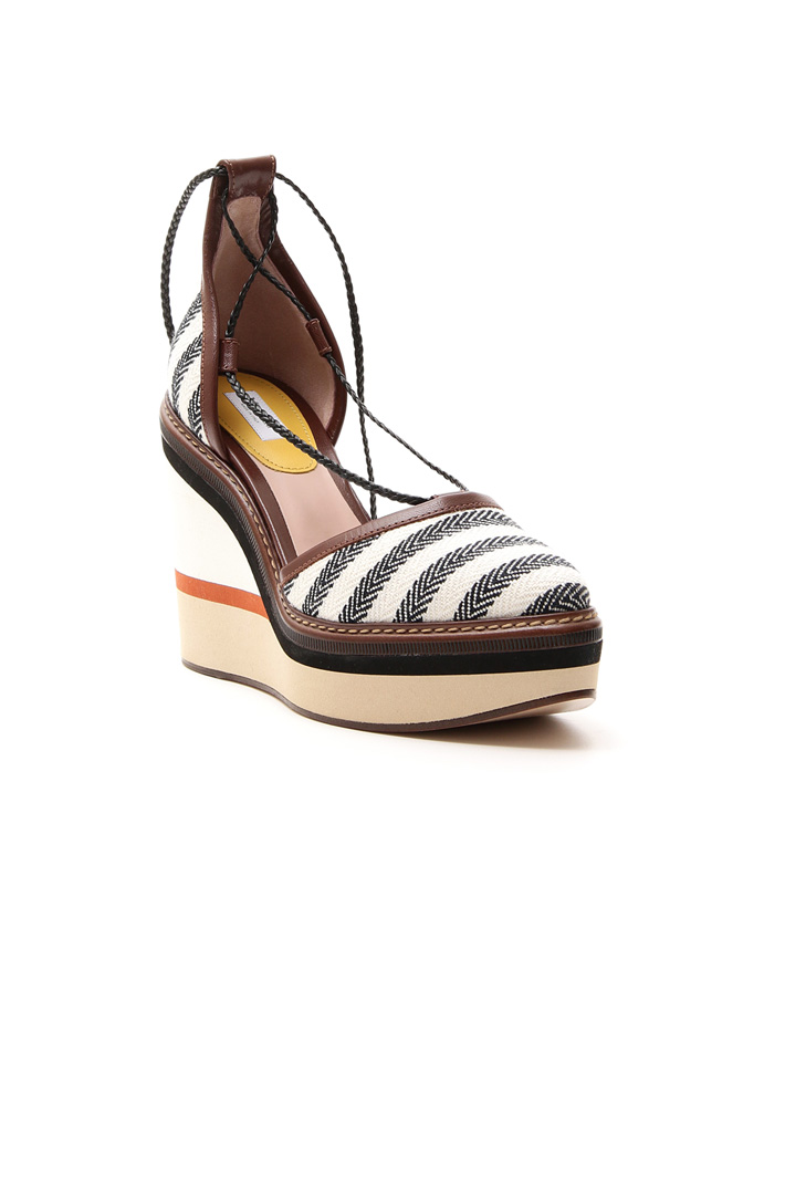 Fabric covered wedge sandal Intrend