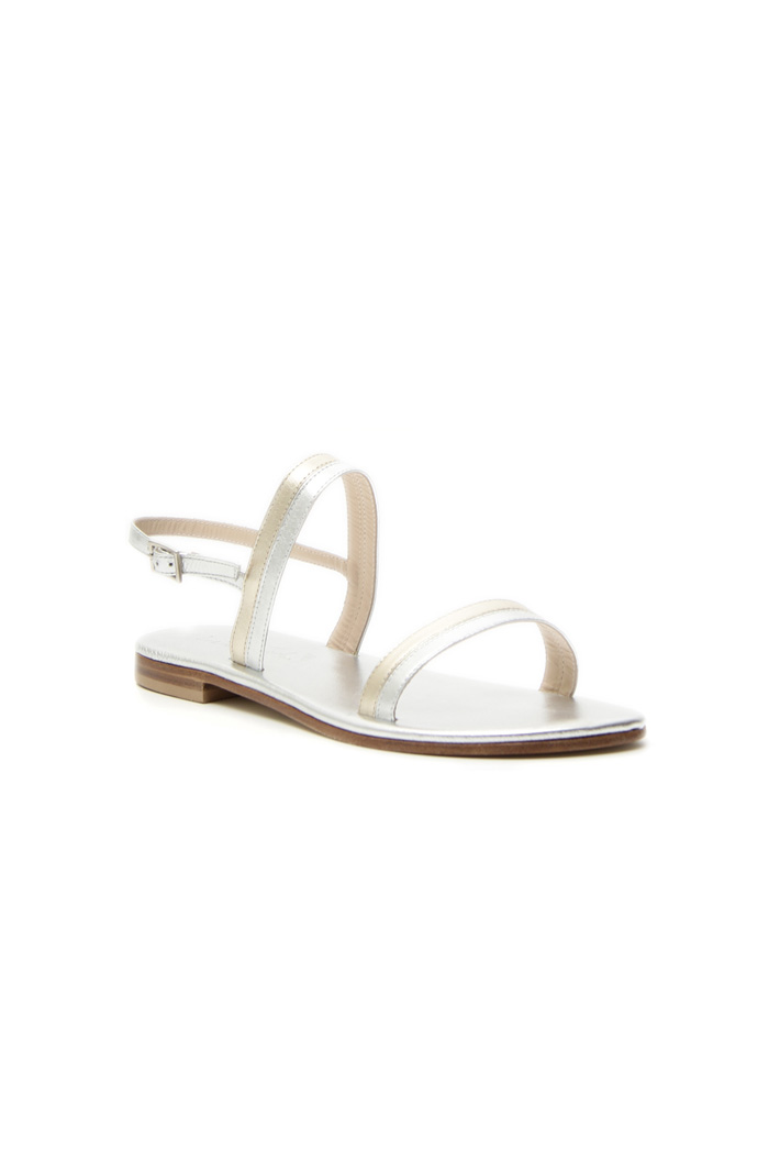 Laminated leather sandal Intrend
