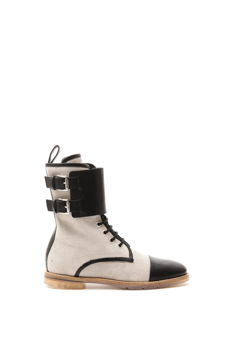 Boots in canvas and leather Intrend