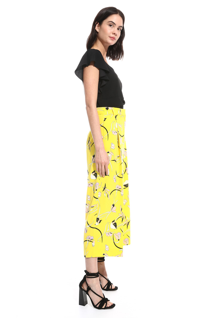 Pantalone cropped stampato Intrend