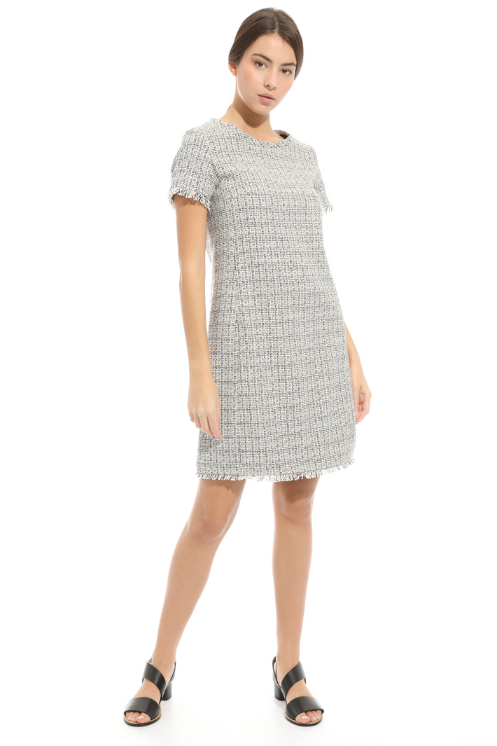 Dress in interwoven fabric Intrend