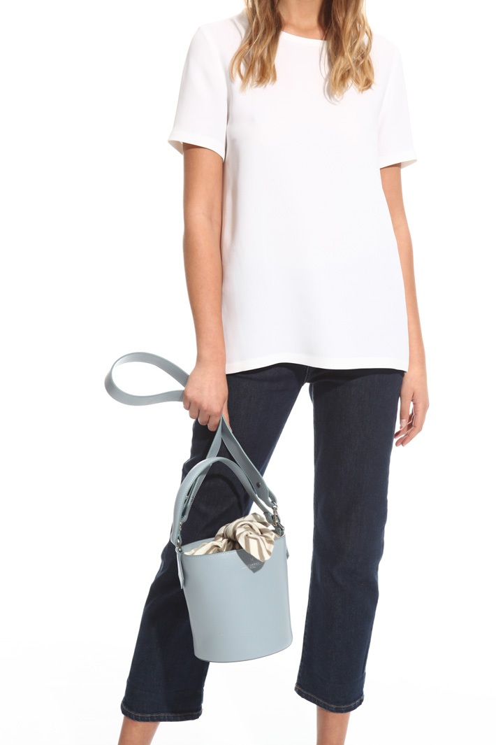 Bucket bag in leather Intrend