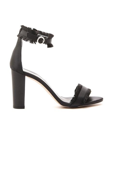 Satin sandal with fringes  Intrend