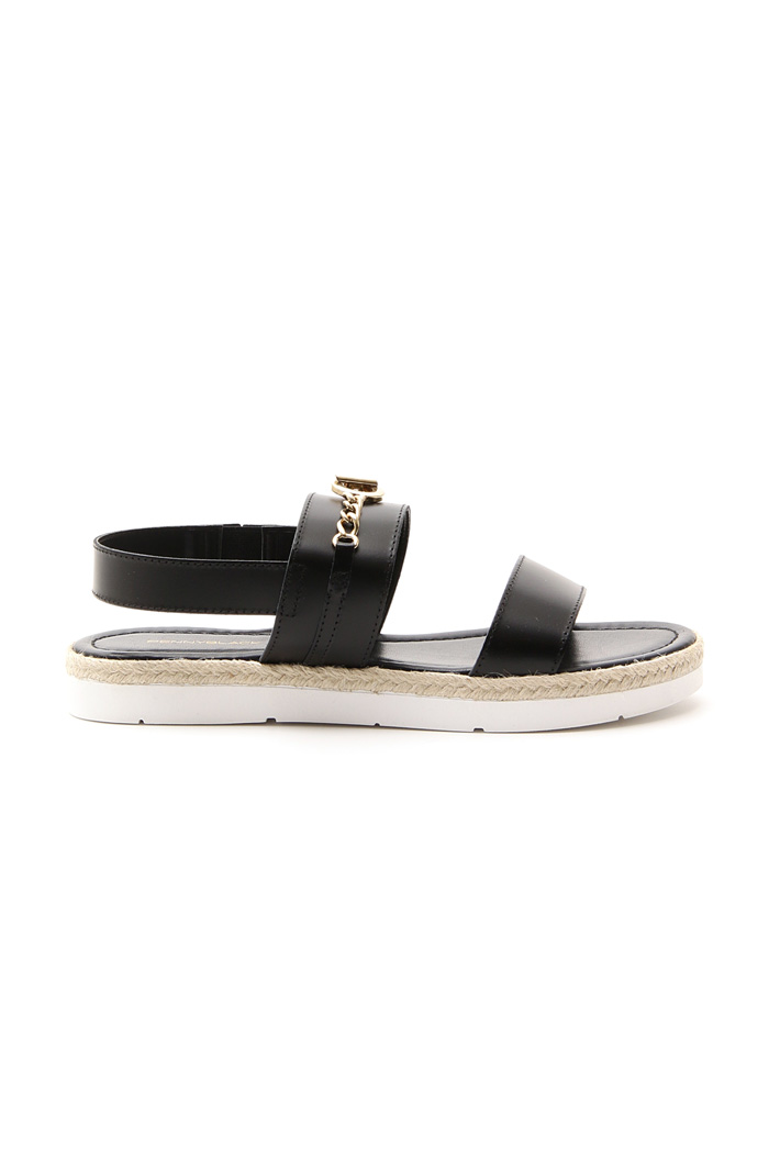 Leather sandal with bands Intrend