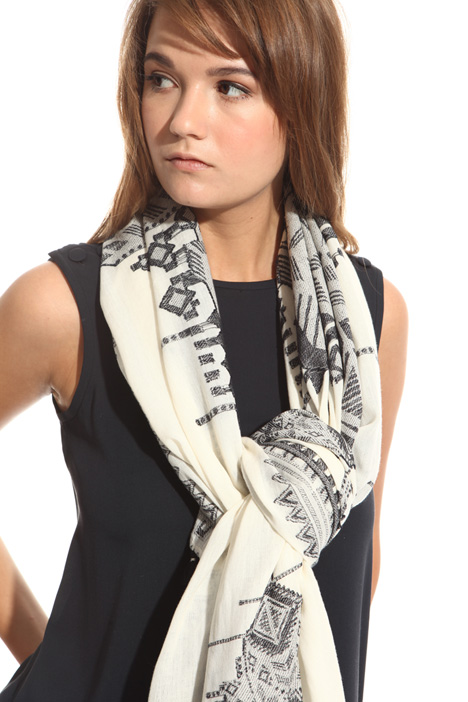 Cotton and linen scarf Intrend