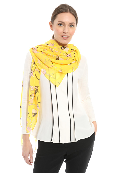 Floral pattern scarf Diffusione Tessile