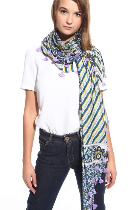 Silk foulard with tassels Diffusione Tessile