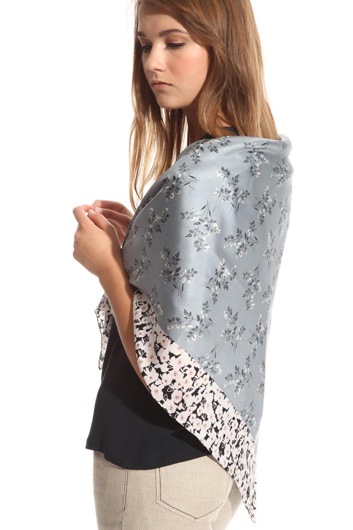 Foulard in printed silk Intrend