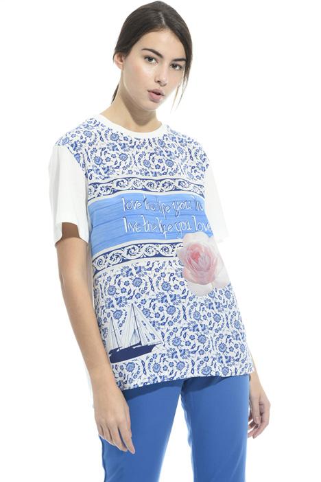 T-shirt con stampa su seta Intrend