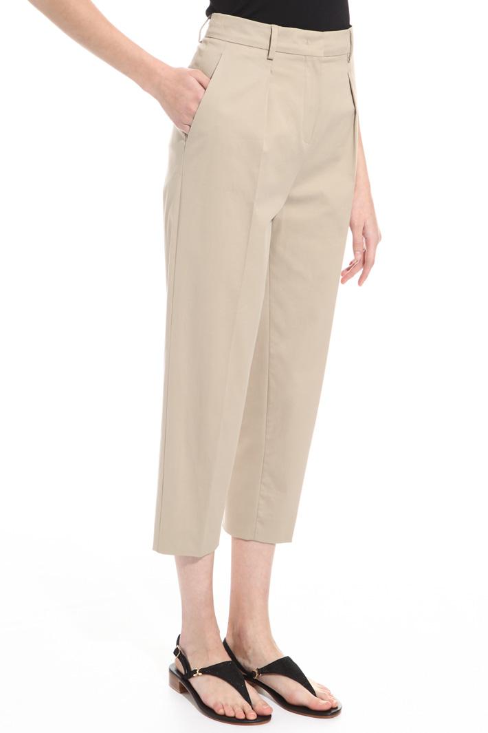 Pantalone cropped in gabardina Intrend