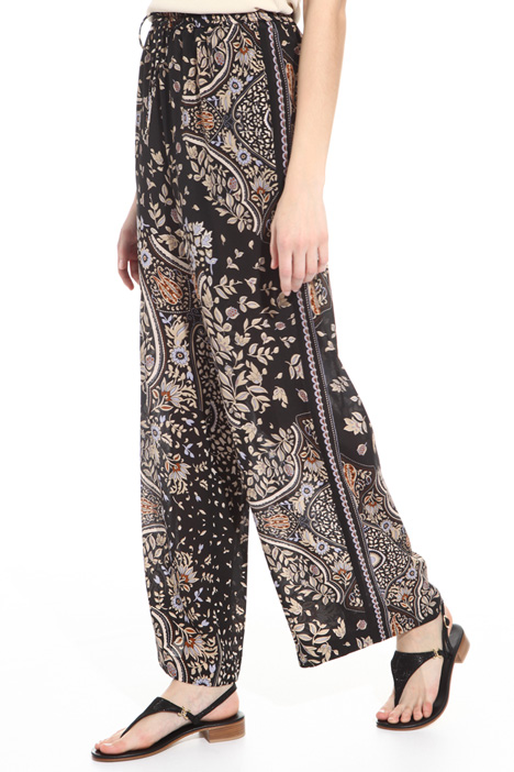 Satin print trousers Intrend