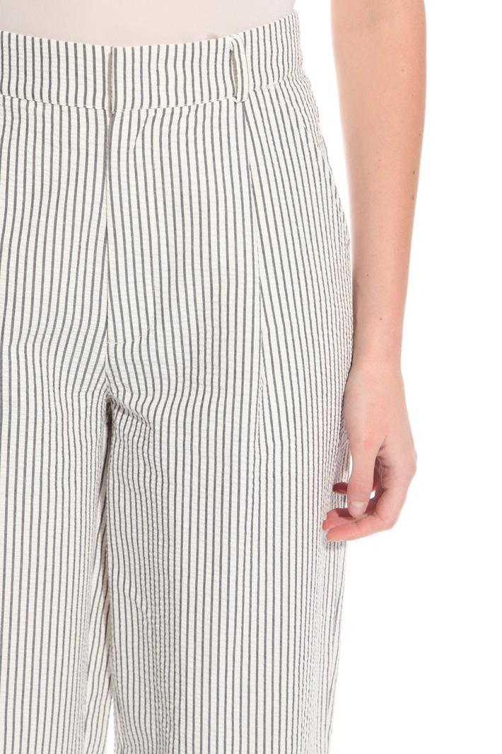 Seersucker trousers Intrend