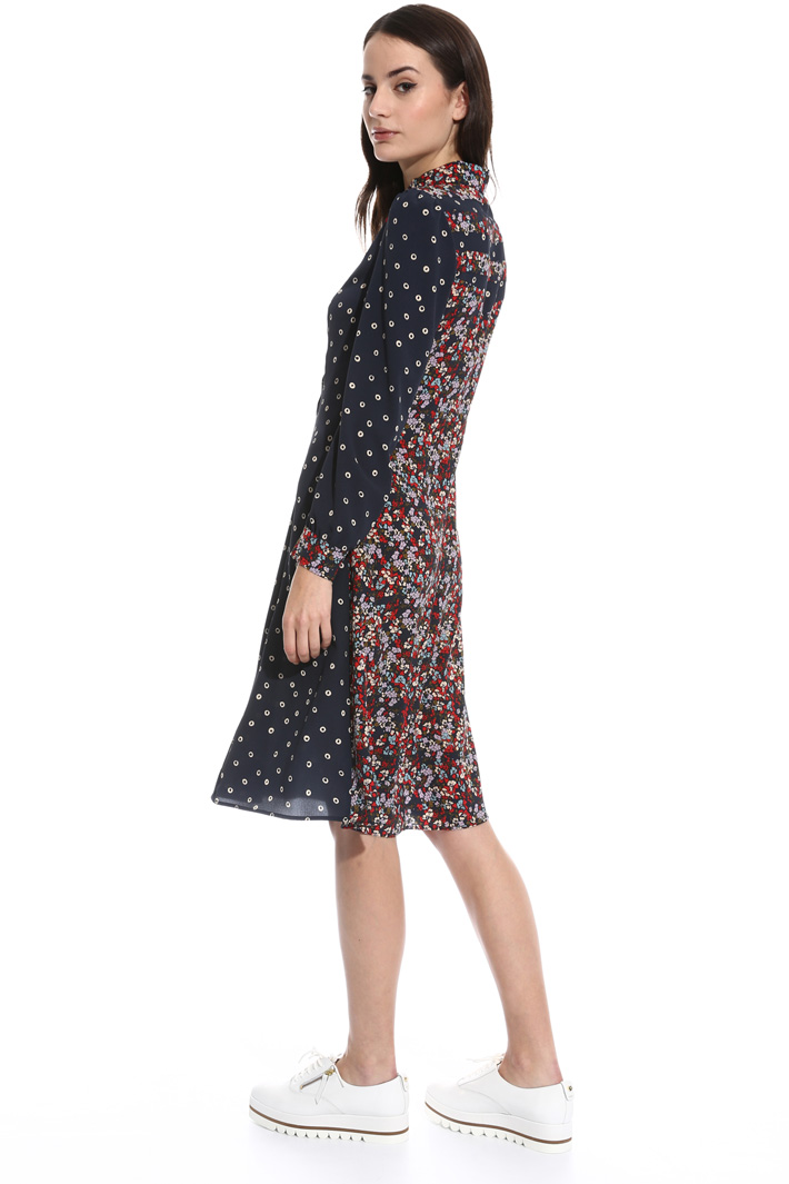 Fantasy print midi dress Intrend