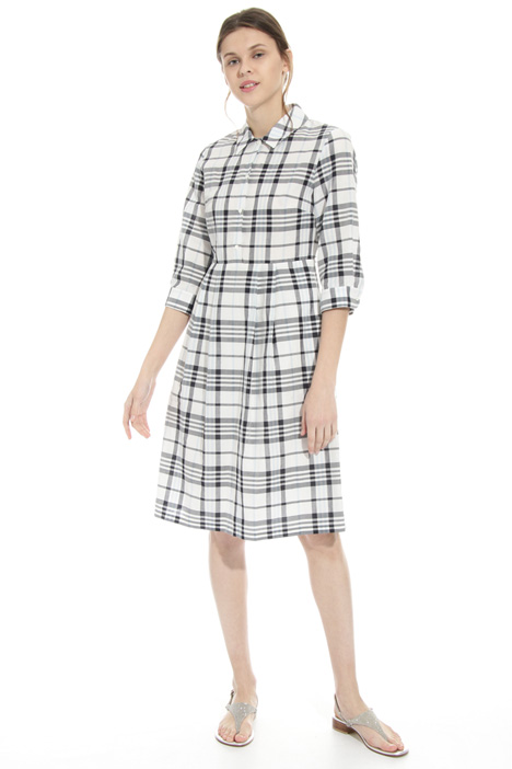 Checked dress Intrend
