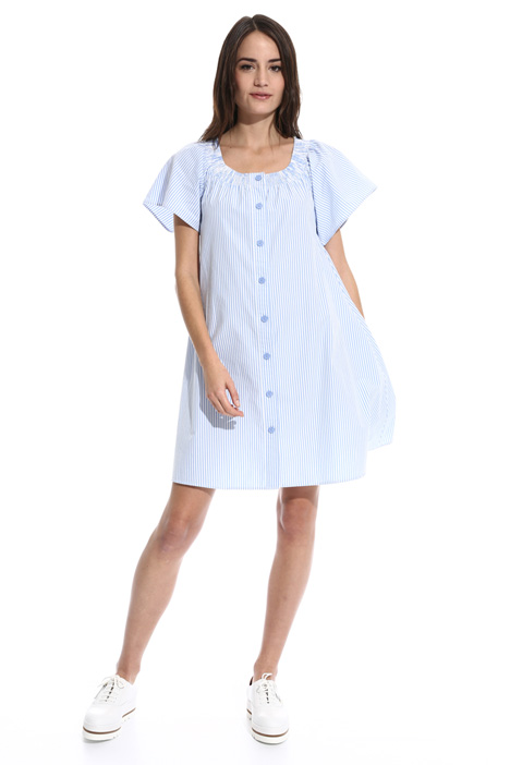 Smock stich dress Intrend