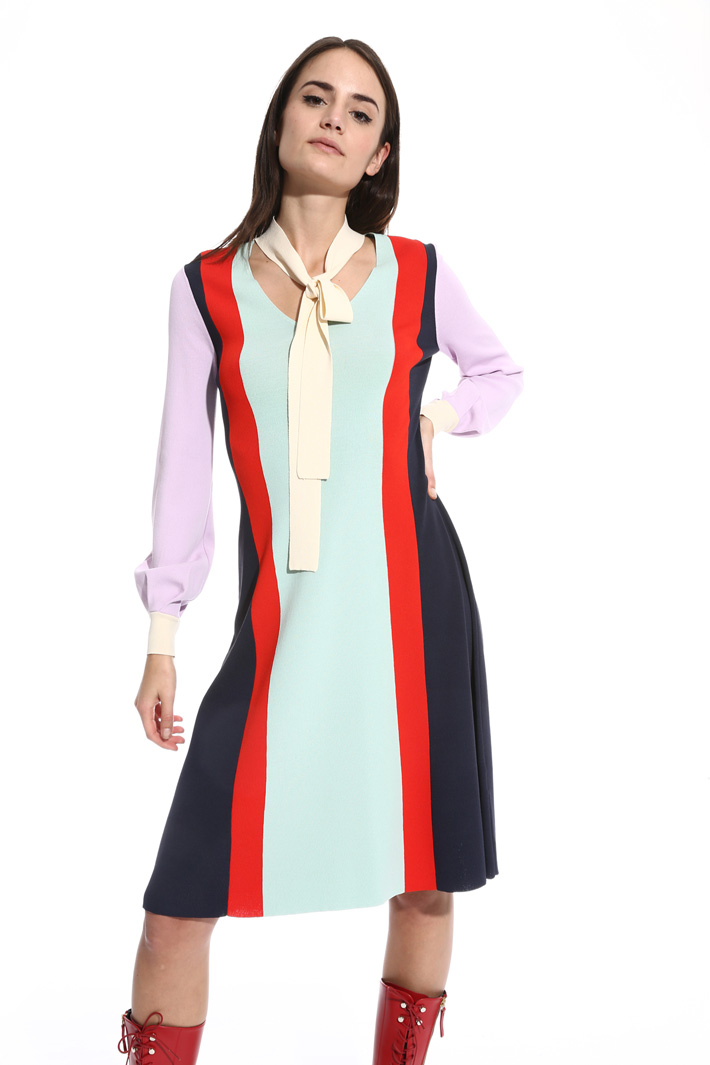 Colour-block knit dress Intrend