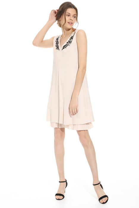 Embroidered neck dress Diffusione Tessile