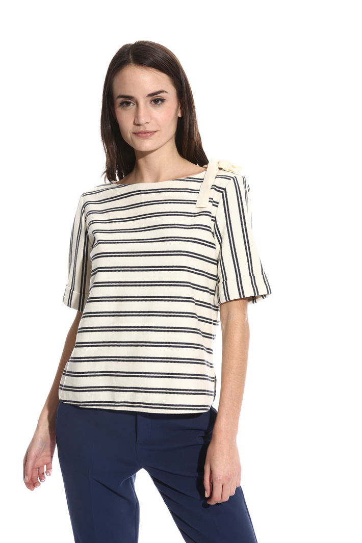 T-shirt in jersey chevron Intrend