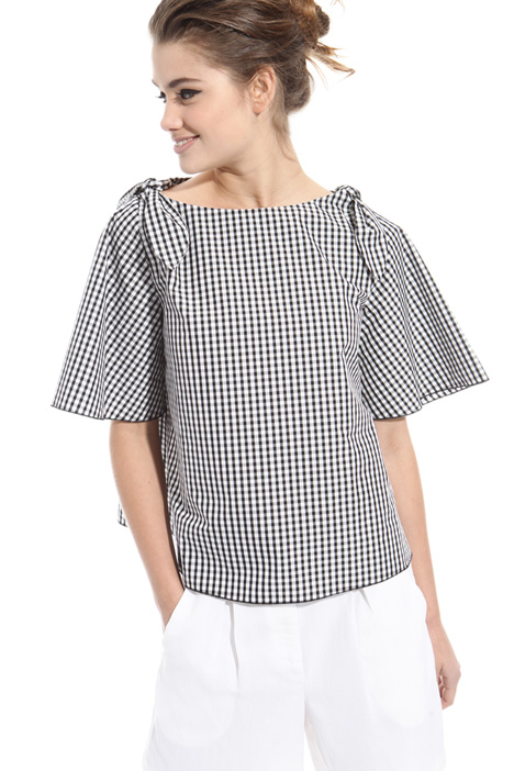 Boxy-fit poplin top Intrend