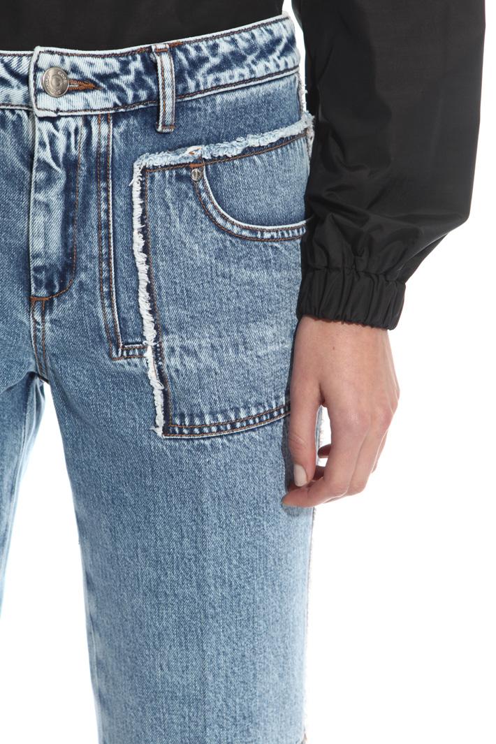 Jeans con tagli sfrangiati Intrend