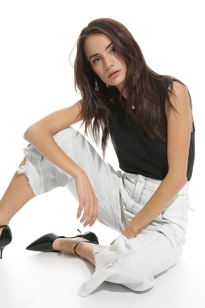 Jeans sfrangiato a vita alta Intrend