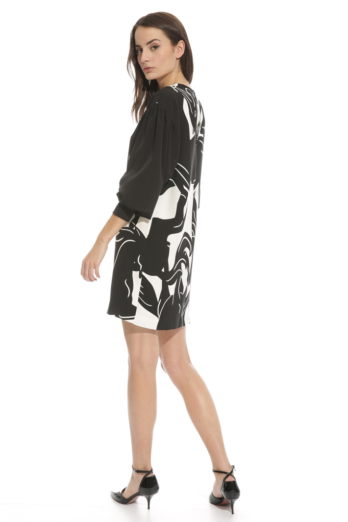 Wide sleeve dress Intrend