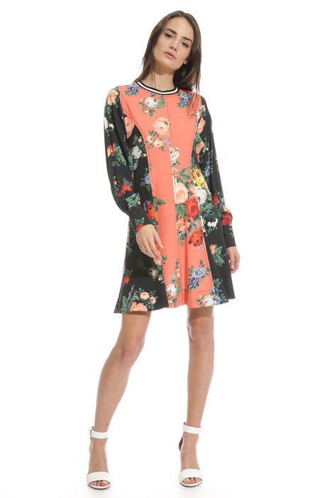 Floral dress with panels Intrend