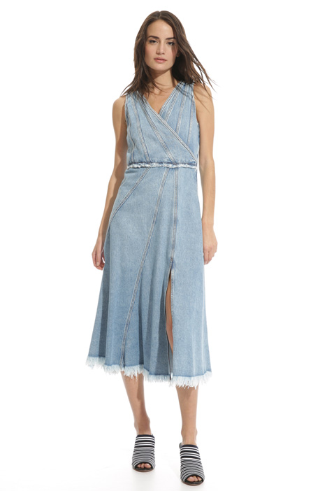 Denim dress with slit Intrend