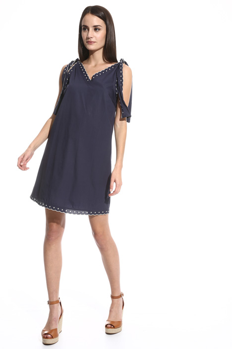 Scalloped hem dress Intrend