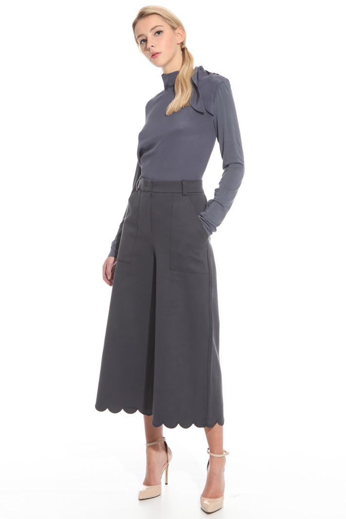 Scalloped hem trousers Intrend