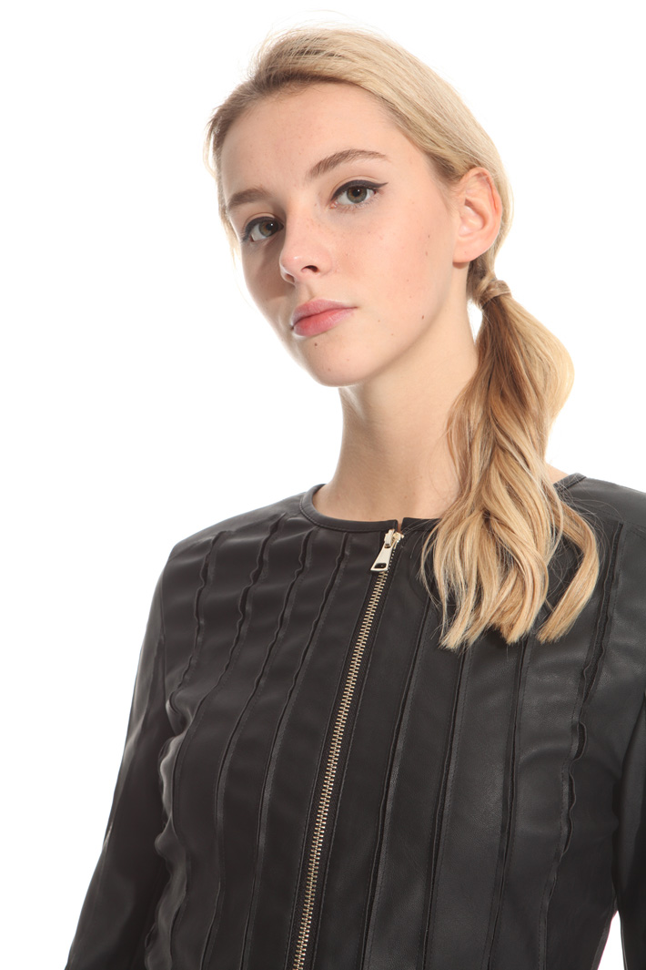 Fitted leatherette jacket Intrend