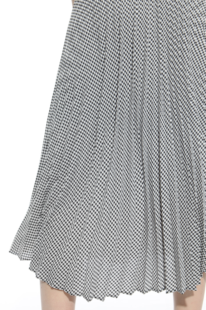 Pleated midi skirt Intrend