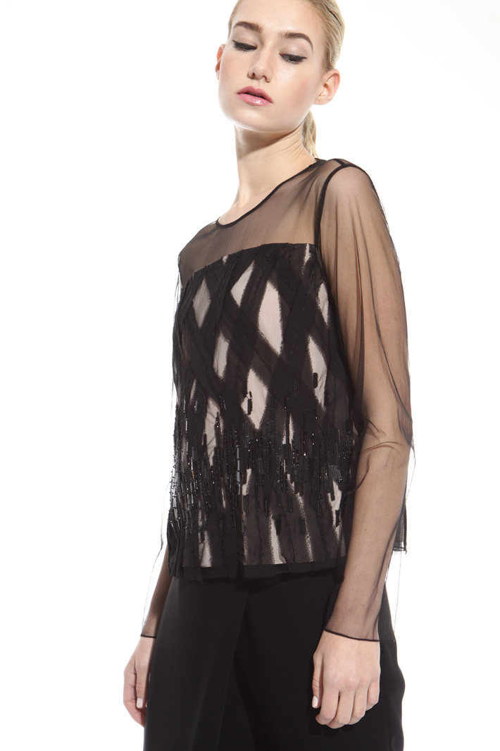 Embroidered tulle top Intrend