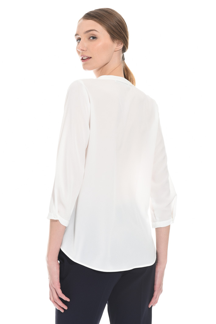 Blusa in crepe Intrend