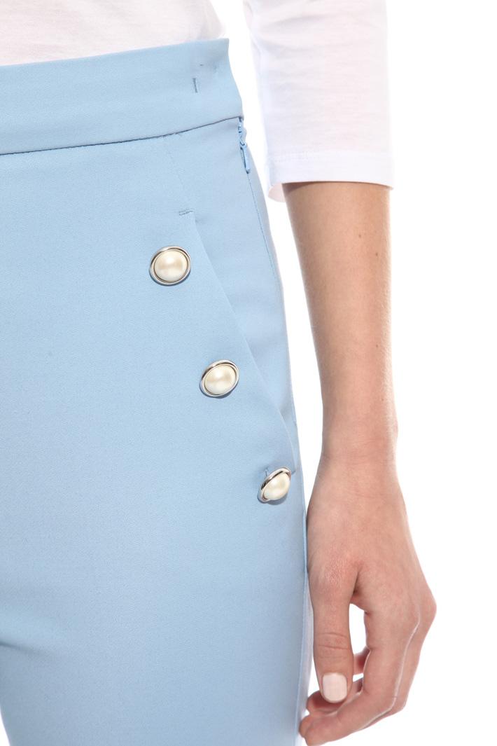 Pantalone con bottoni perla Intrend