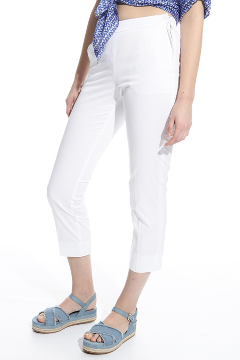 Gabardine capri trousers Diffusione Tessile