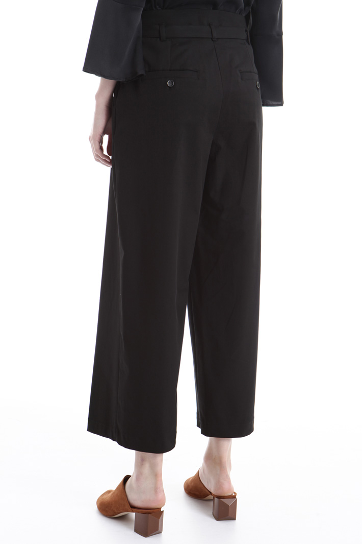 Wide-leg trousers Intrend