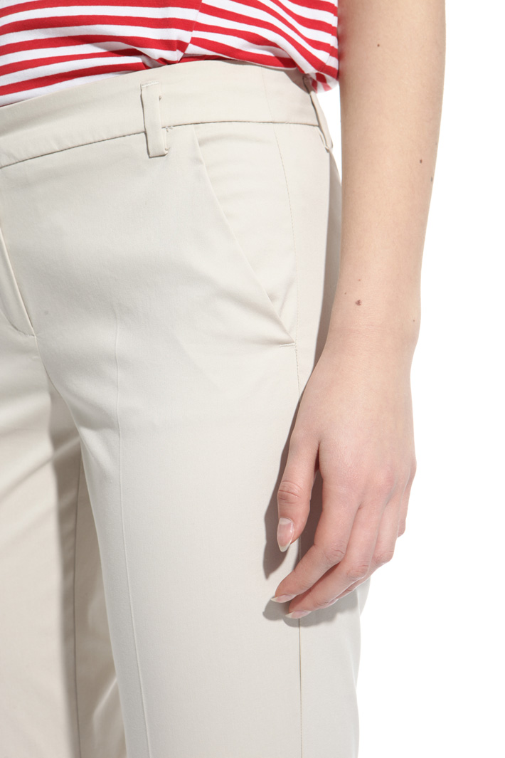Pantalone in cotone stretch Intrend