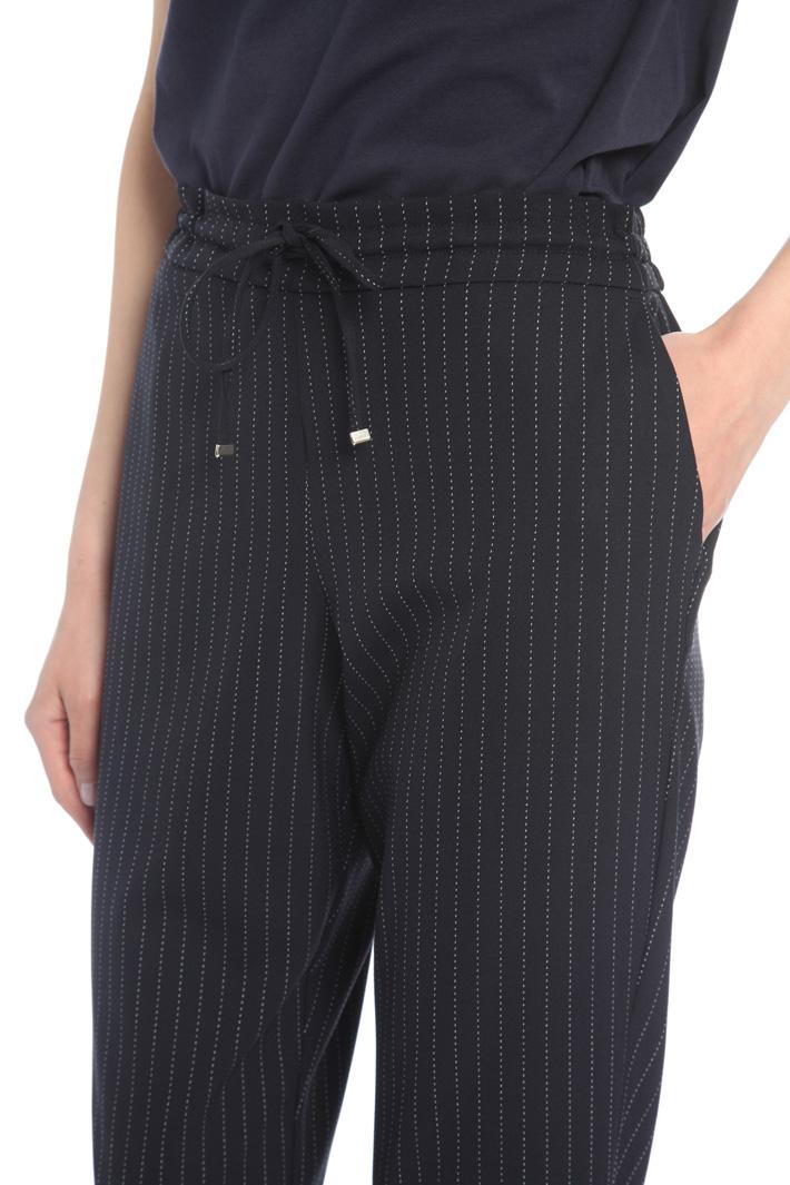 Pantalone gessato con coulisse Intrend