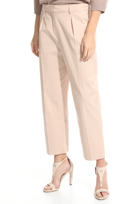 Pantalone cropped in gabardina Intrend