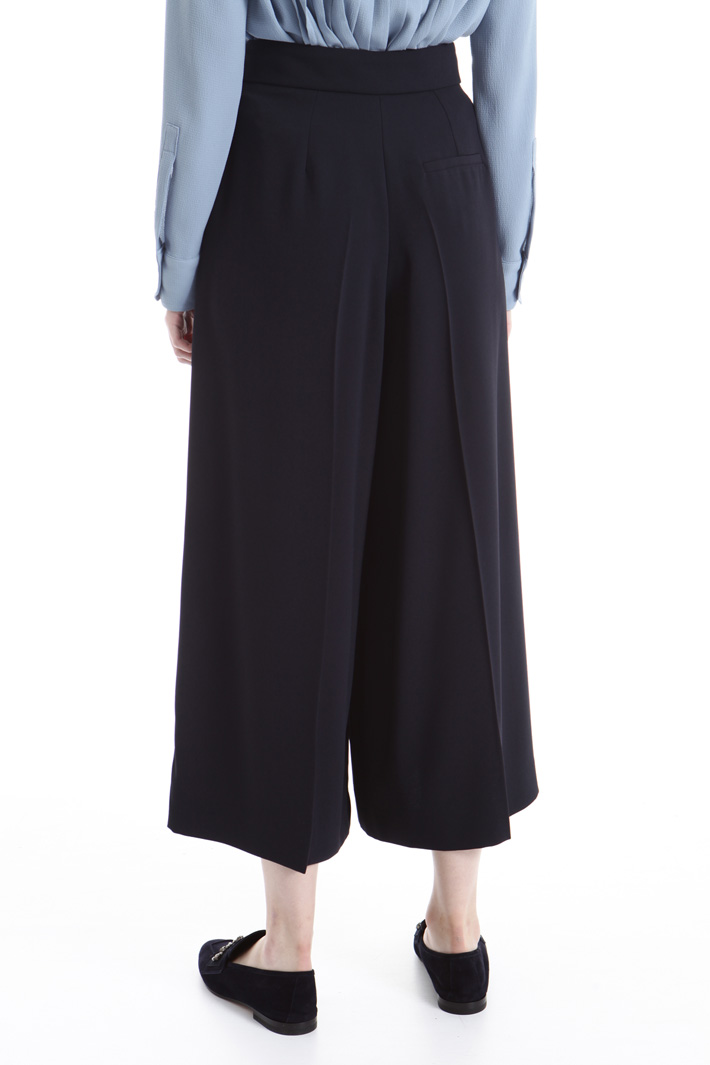 Wide cropped trousers Intrend