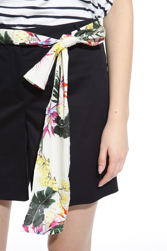 Cotton shorts Intrend