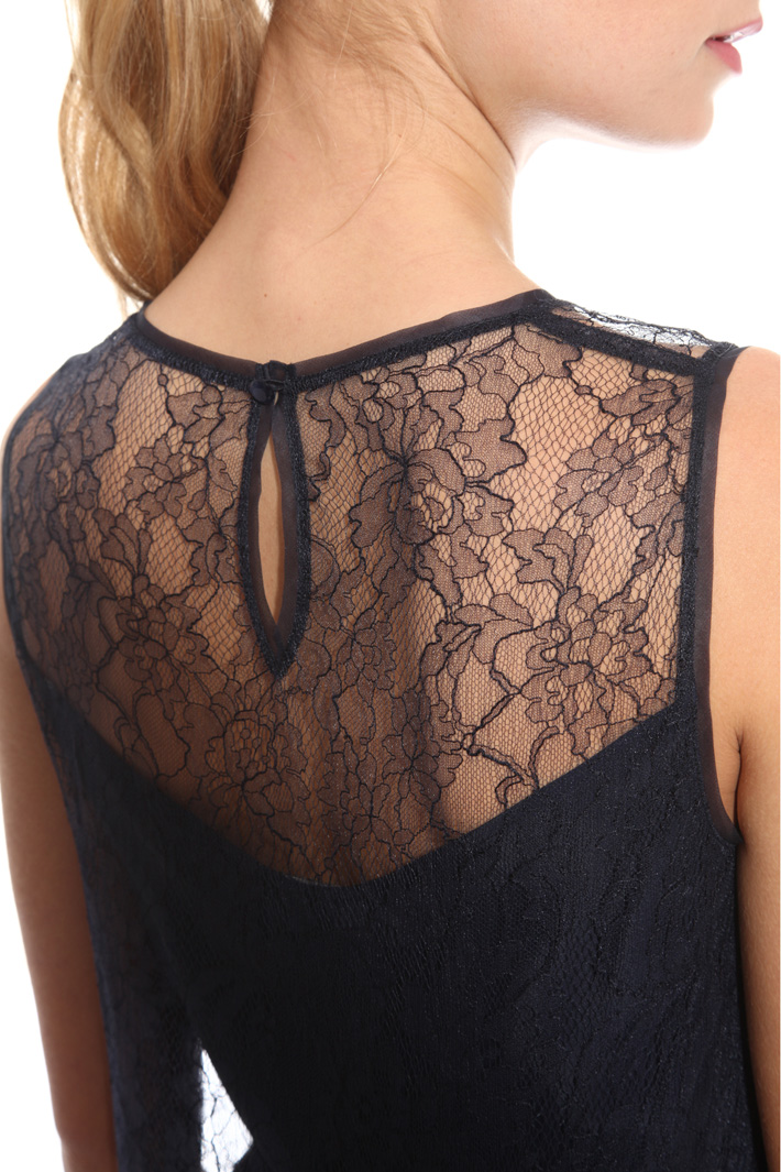 Top in pizzo chantilly Intrend