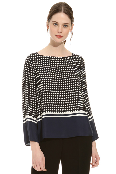 Fluid fabric blouse Diffusione Tessile