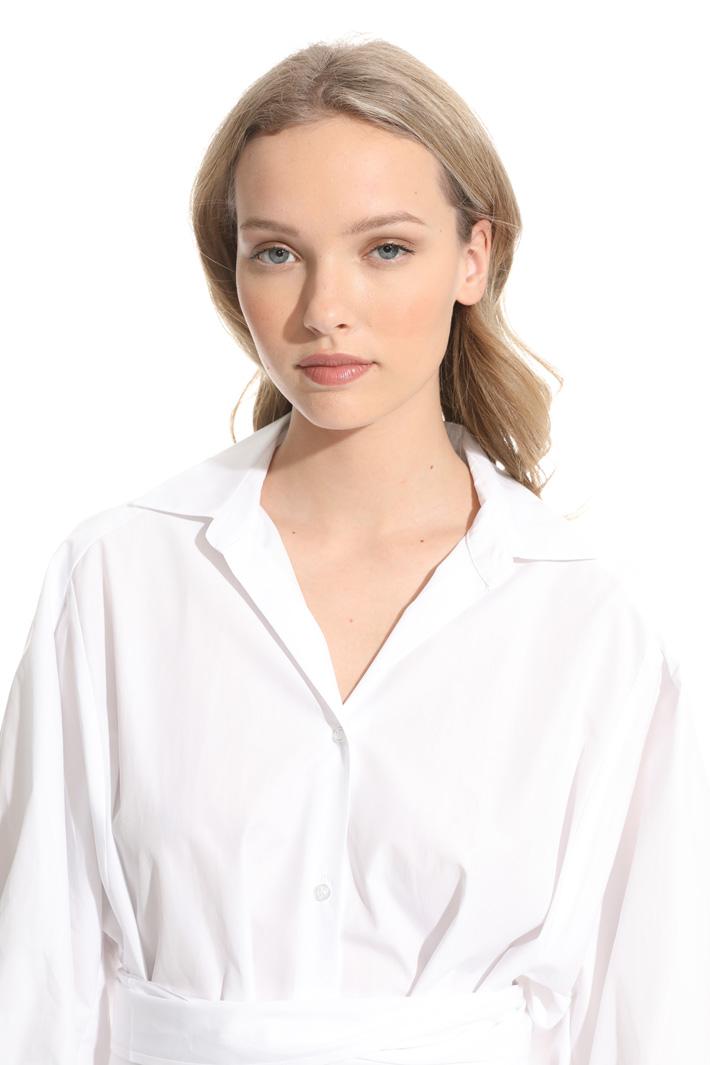 Oversized shirt in poplin Intrend