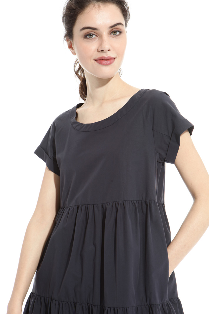 Loose dress with pockets Intrend